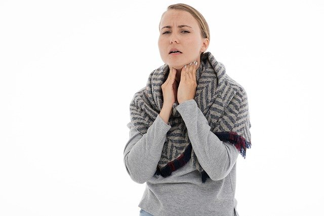5 Natural Remedies for that Itchy Throat